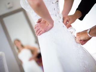 Robes de mariée sur-mesure: les secrets du métier de créatrice