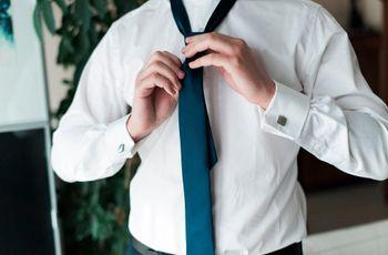 6 noeuds pour la cravate du marié et un noeud papillon
