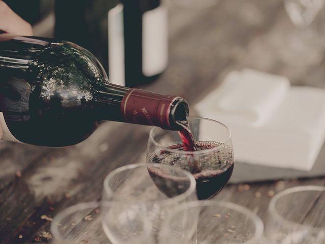 Comment choisir le vin adapté pour sa réception de mariage ?
