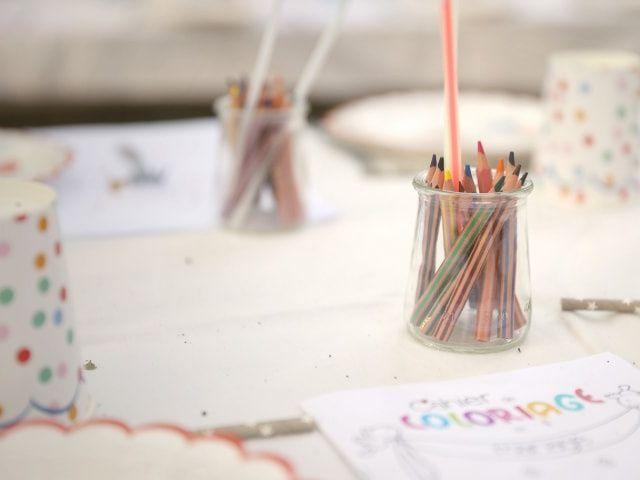 8 astuces pour bien décorer la table des enfants à votre mariage