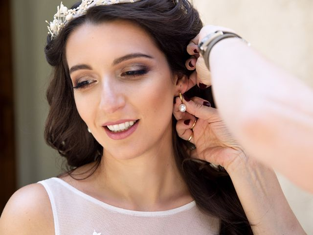 10 styles de boucle d'oreille pour 10 types de mariée