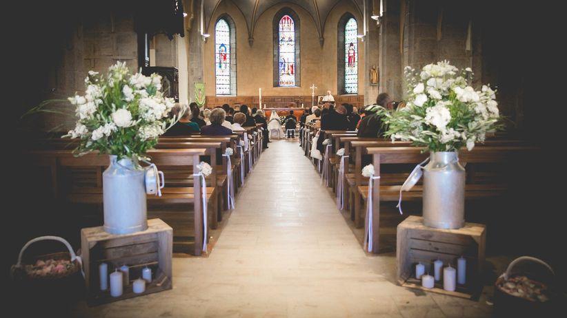 Mariage à l'église : 35 idées déco pour personnaliser les lieux en
