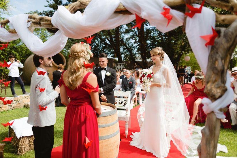 Conseils pour une d coration de mariage fait maison for Chercher une robe pour un mariage