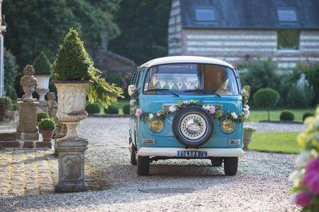 6 idées pour décorer votre voiture combi pour le mariage
