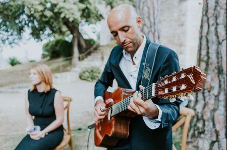 10 airs de guitare faciles à jouer pour la cérémonie de mariage