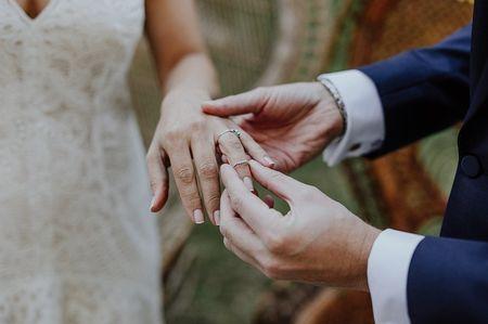 Comment remettre à neuf des alliances de mariage anciennes ?