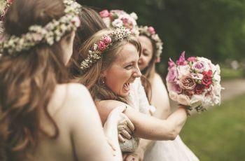 Quand lancer le bouquet de la mariée ? Voilà les 4 moments clefs