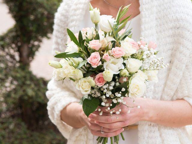 À vos manteaux ! 25 accessoires bien chaud pour les mariées d'hiver