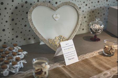 Un cadre pour le livre d'or de mariage : quelles options ?