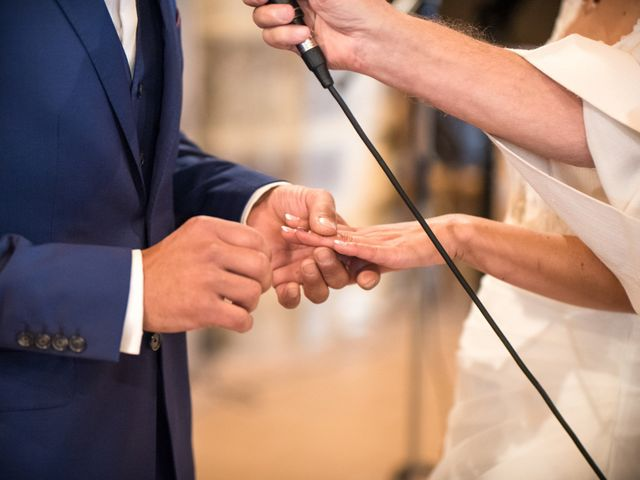 Rédiger ses vœux de mariage pour l'église en 4 étapes