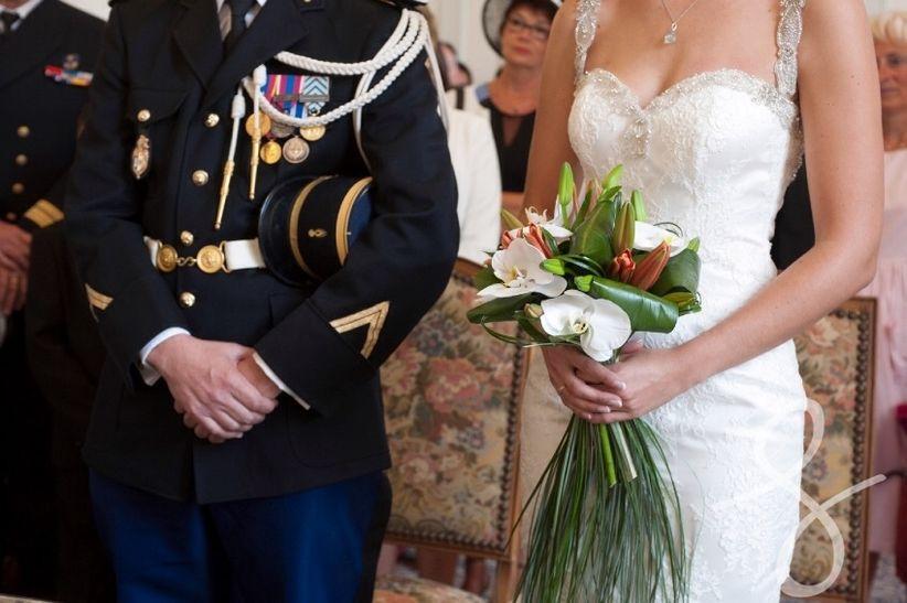 les traditions du mariage militaire. Black Bedroom Furniture Sets. Home Design Ideas