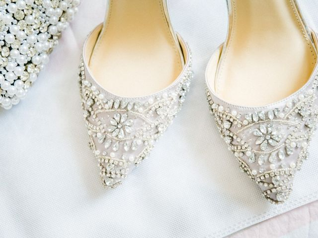 40 chaussures bijoux pour briller à votre cérémonie de mariage