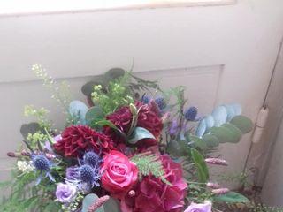 Akane 'le murmure des fleurs' 3