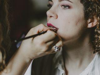 D&Z Agency - Coiffure & maquillage à domicile 4