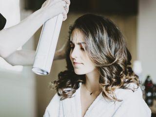 D&Z Agency - Coiffure & maquillage à domicile 5