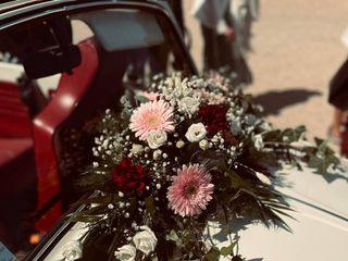 Au coeur d'une fleur 3