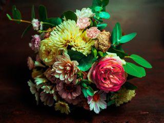 Pierres Fleurs Ciseaux 4