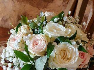 Akane 'le murmure des fleurs' 1