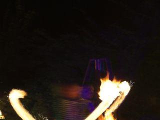 Shay - Spectacle de feu et lumières LED 2