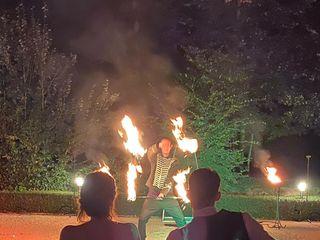 Shay - Spectacle de feu et lumières LED 5