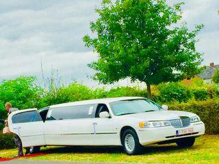 Carpe Diem Limousine Service 4