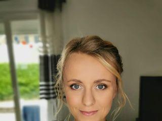 Justine Makeup Mode 1