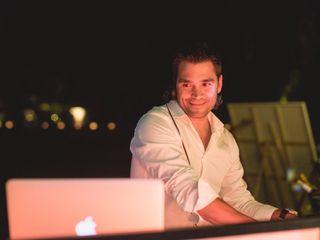 DJ Xav 3