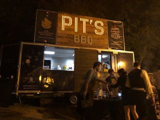 Pit's BBQ 2