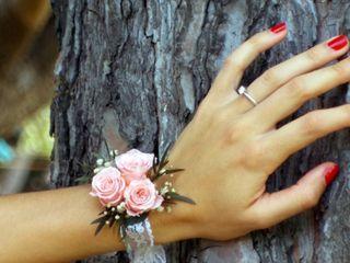 Ayana Floral Design 4