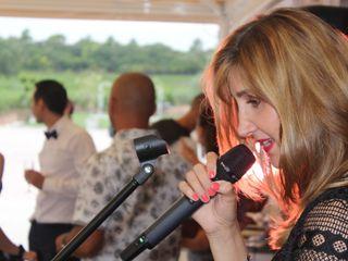 Vanessa B. Live - Chanteuse 5