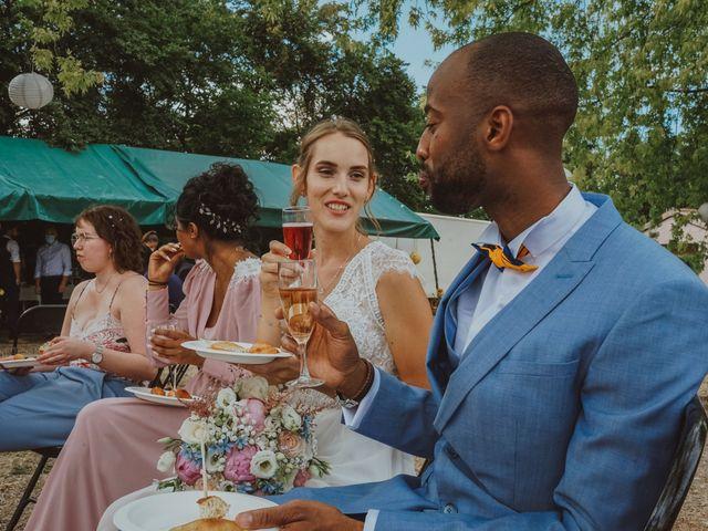 Le mariage de Aguib et Emeline à Bissy-la-Mâconnaise, Saône et Loire 34