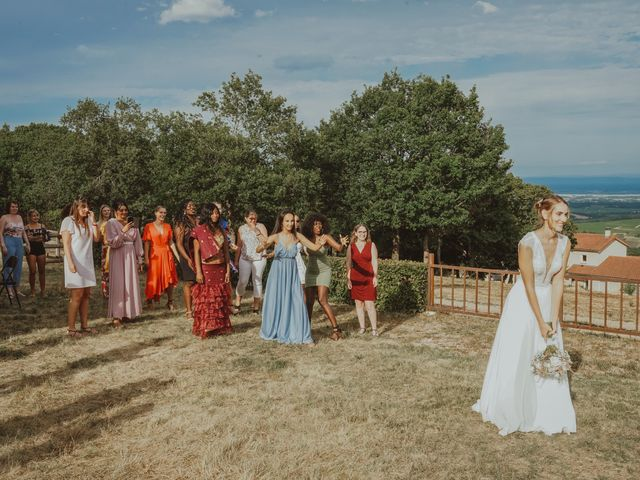 Le mariage de Aguib et Emeline à Bissy-la-Mâconnaise, Saône et Loire 44