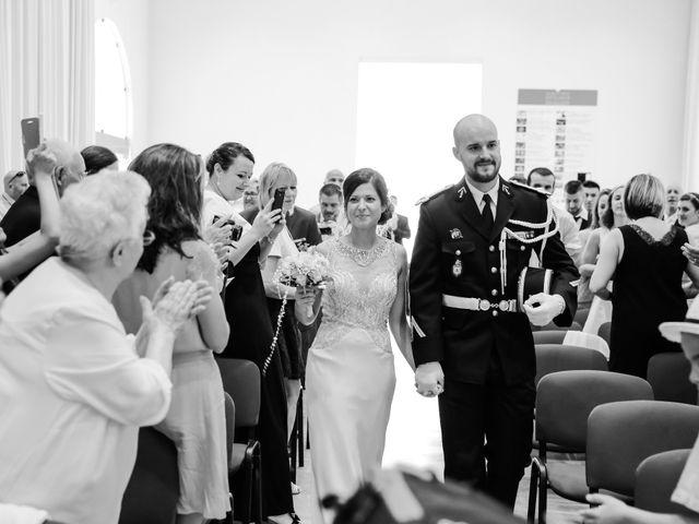 Le mariage de Simon et Isabelle à Chinon, Indre-et-Loire 17