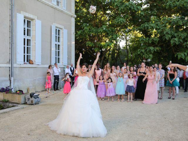 Le mariage de Simon et Isabelle à Chinon, Indre-et-Loire 46