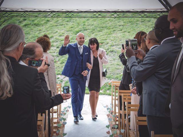 Le mariage de Mehdi et Élise à Saint-Priest-Bramefant, Puy-de-Dôme 12