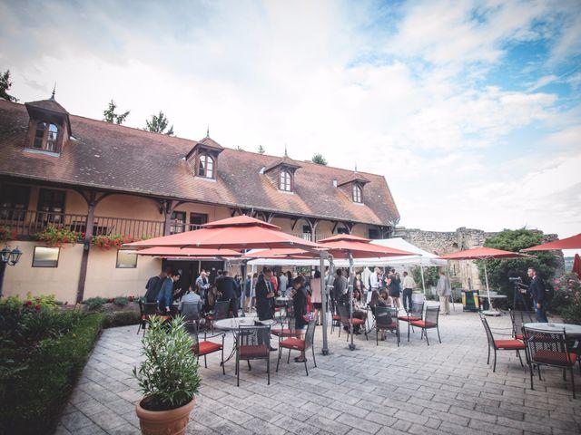 Le mariage de Mehdi et Élise à Saint-Priest-Bramefant, Puy-de-Dôme 18