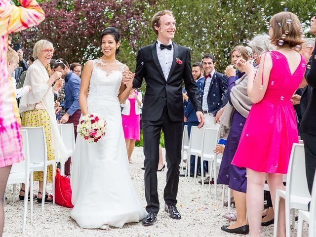 Le mariage de Emanuel et Sara à Jaillans, Drôme 10