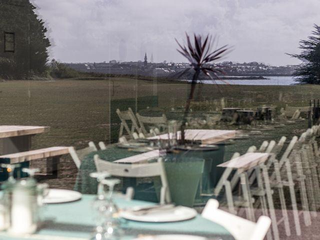 Le mariage de Aymeric et Adélie à Île de Batz, Finistère 1
