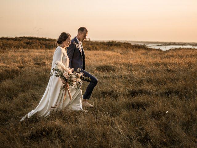 Le mariage de Aymeric et Adélie à Île de Batz, Finistère 42