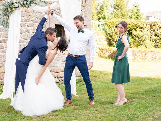 Le mariage de Fabien et Laura à Saint-Privat, Corrèze 22