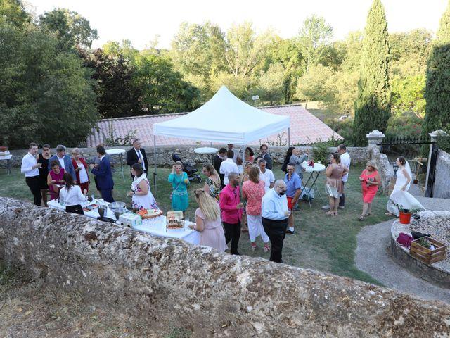 Le mariage de Nicolas et Marie à Nîmes, Gard 15