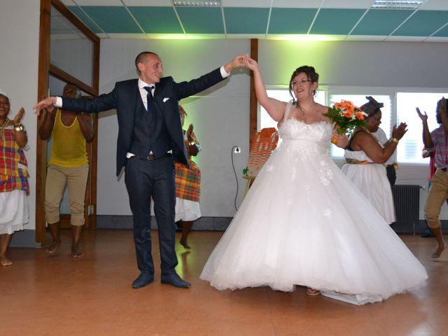 Le mariage de Yohann et Morgane  à Fontaine-Saint-Lucien, Oise 37