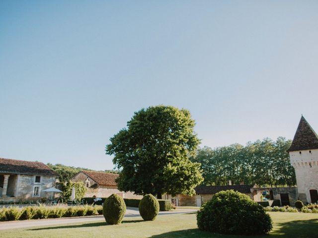 Le mariage de Adrien et Lise à Condat-sur-Trincou, Dordogne 7