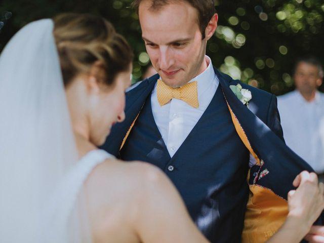 Le mariage de Adrien et Lise à Condat-sur-Trincou, Dordogne 8