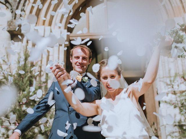Le mariage de Adrien et Lise à Condat-sur-Trincou, Dordogne 11