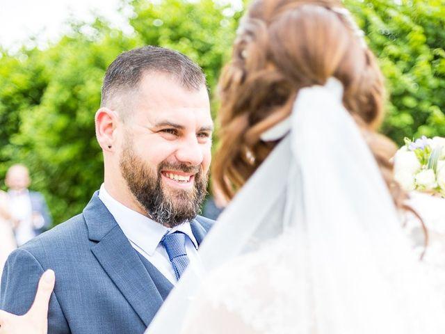 Le mariage de Cédric et Christelle à Beauvoir-en-royans , Isère 4