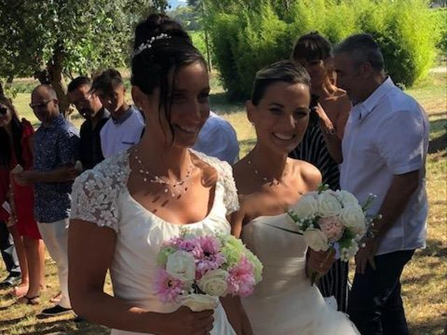 Le mariage de Florence et Aurélie à La Crau, Var 9