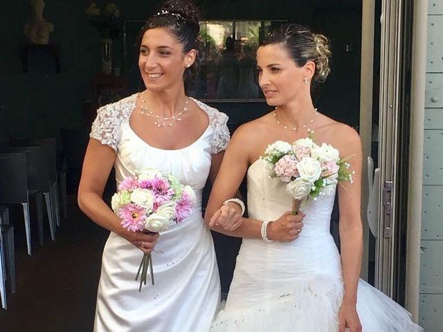 Le mariage de Florence et Aurélie à La Crau, Var 13