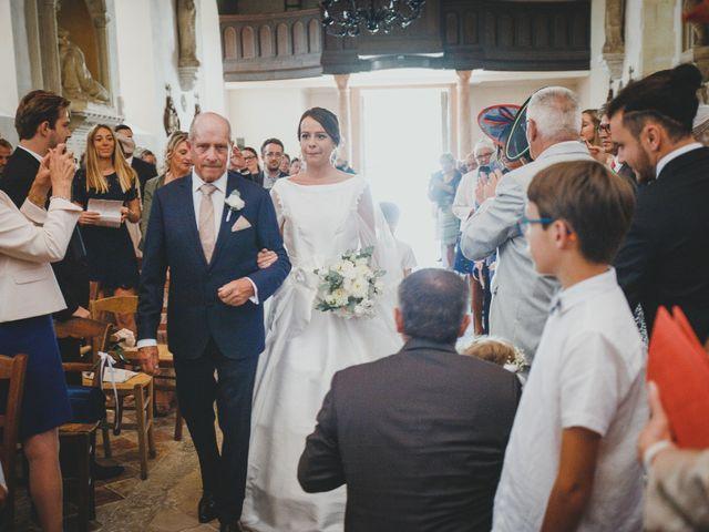 Le mariage de Alexis et Marie à Lyons-la-Forêt, Eure 4