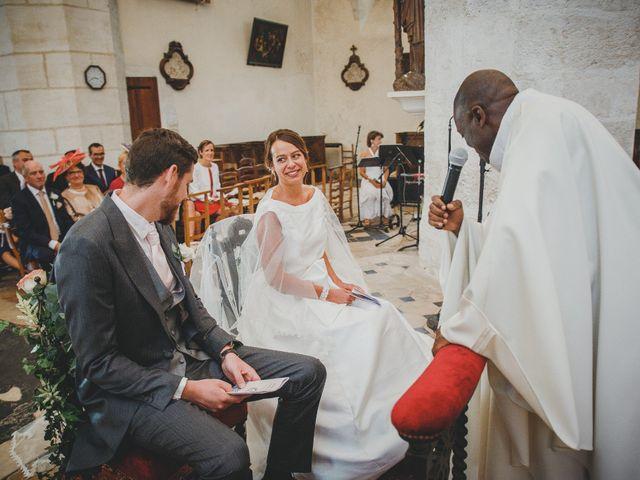 Le mariage de Alexis et Marie à Lyons-la-Forêt, Eure 14